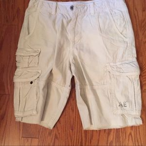 🆕 AE Longer Length Cargo Shorts